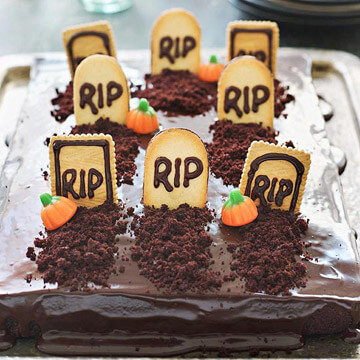 11 Easy Halloween Cakes That Will Deliver Spooky Fun