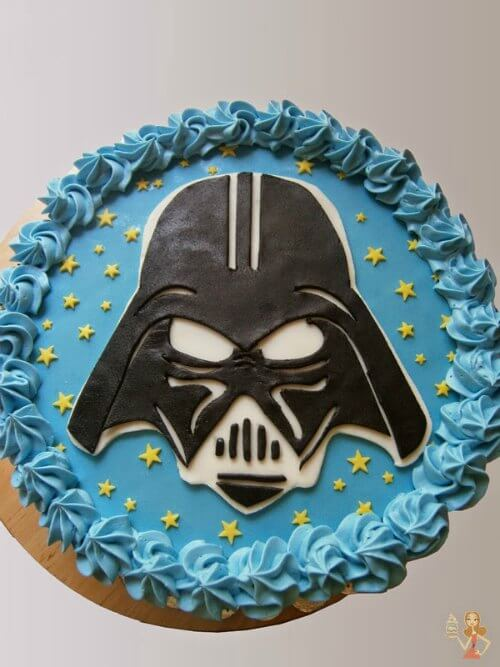 Darth Vader Cake With Fondant Cut Out